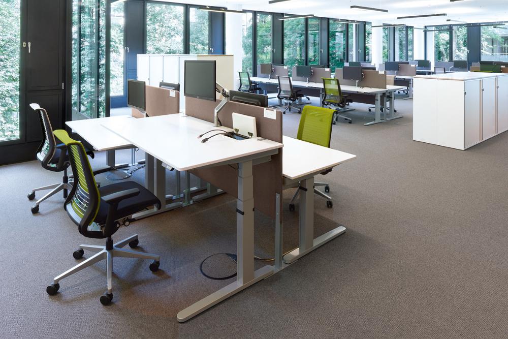 Bewegtes Sitzen – Tipps für einen rückengerechten Arbeitsplatz