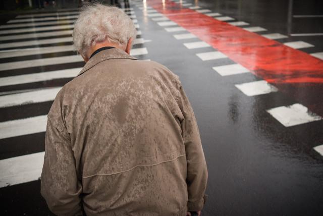 Generation 50 Plus, Oldies, Ältere, ältere Mitarbeiter, alter Mann