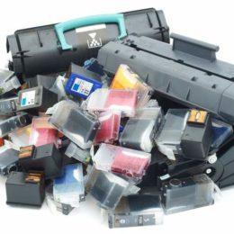 Wie können Unternehmen leere Druckerpatronen richtig entsorgen? Wichtig ist: Nicht in den Restmüll! (Bild: © istock.com/ermingut)