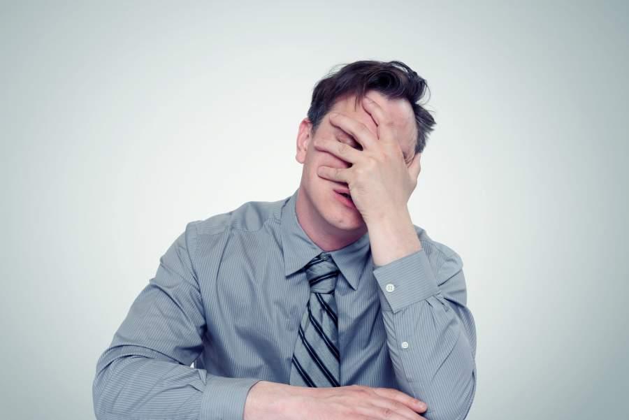 Mann, Geschäftsmann, Zweifel, Versagen, Fehler, Ängste, Stress, Probleme, unglücklich